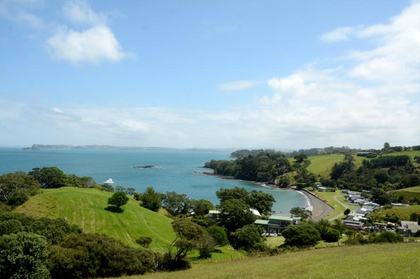 Tawhanarui regional park coast