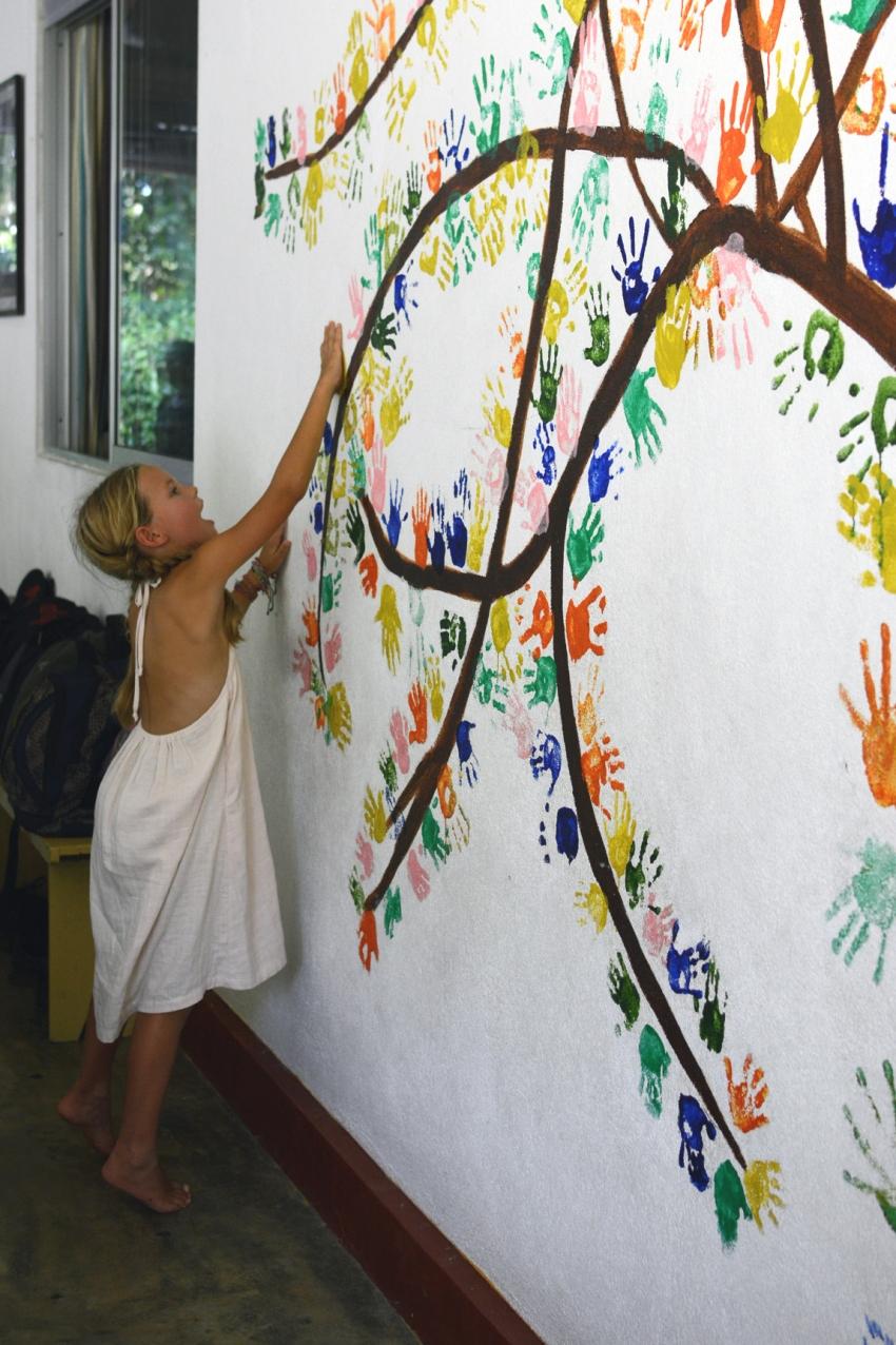 Ivy and hand dree_RainbowCentre