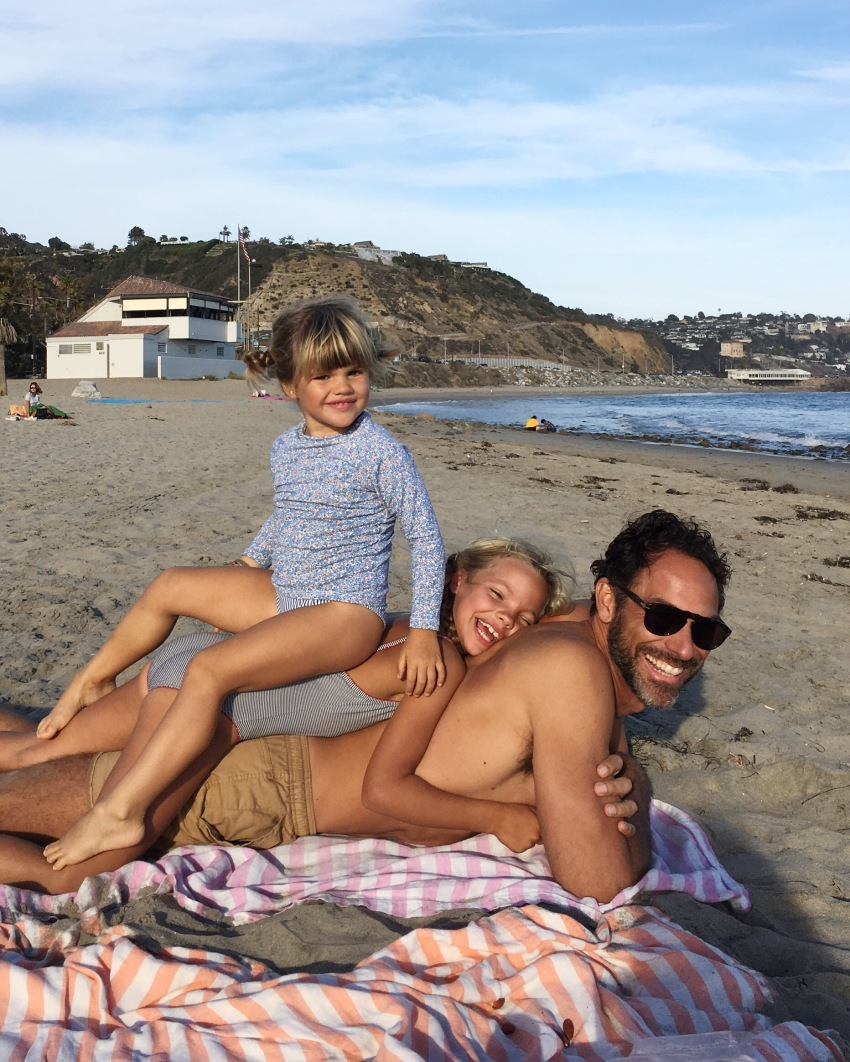 michael-and-the-girls-on-the-beach